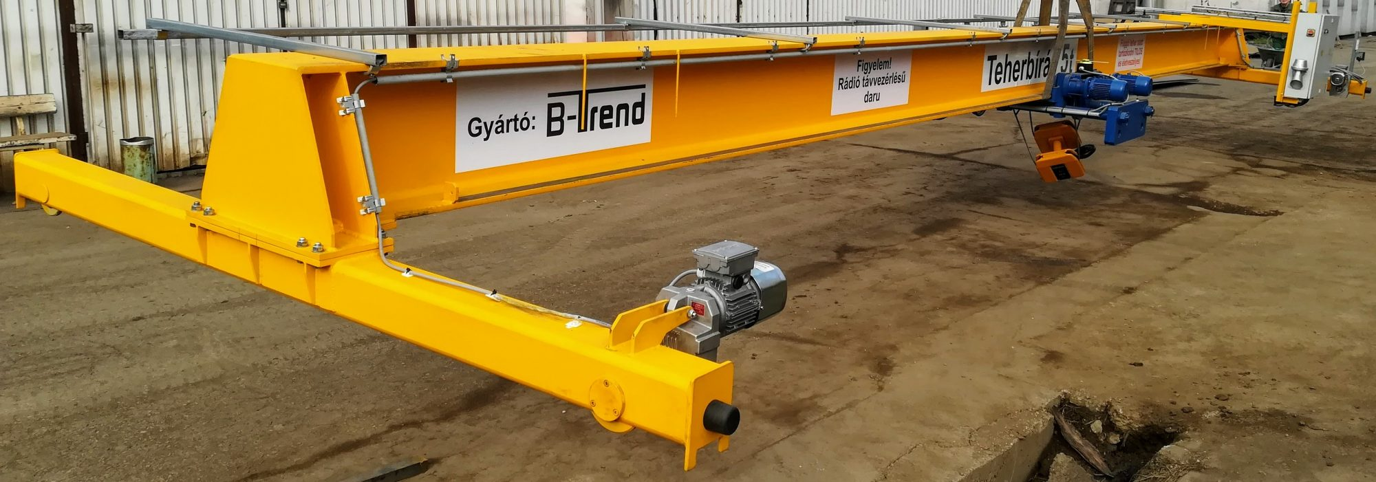 FerroPatent BEH 5t/11,35m és BEH 6,3t/20m egyfőtartós híddaruk gyártása, telepítése